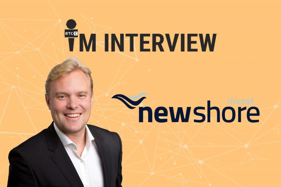 Das Bild zeigt Unternehmenschef Hanno Tamminga von Newshore Invest.