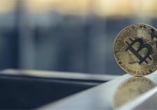 Bitcoin und traditionelle Märkte –Bitcoin-Kurs seitwärts, aber entkoppelt